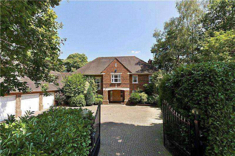 5 Bedrooms Detached House for sale in Bowater Ridge, St. George's Hill, Weybridge, Surrey, KT13