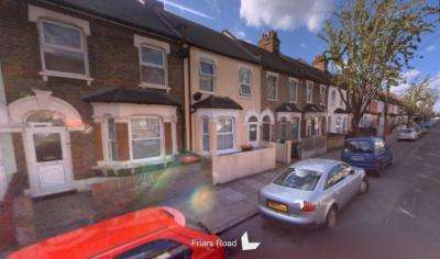 3 Bedrooms House for sale in Friars Road, East Ham, E6 1LJ
