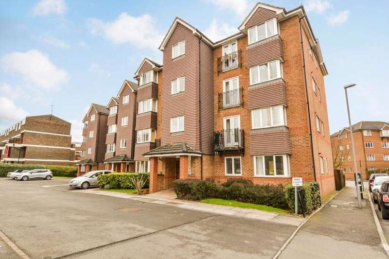 2 Bedrooms Flat for sale in Jemmett Close, Kingston upon Thames KT2