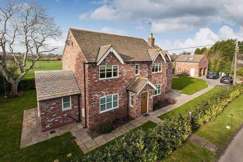 4 Bedrooms Detached House for sale in Woodford Lane, Mottram St Andrew
