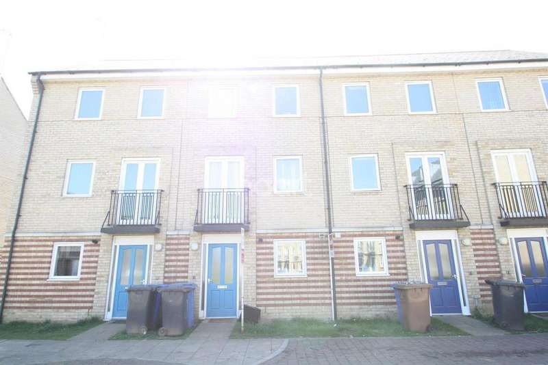 4 Bedrooms Terraced House for sale in Harland Street, IP2