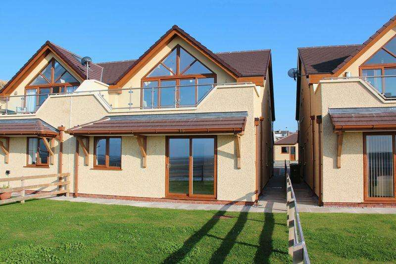 3 Bedrooms Semi Detached House for sale in , Valley