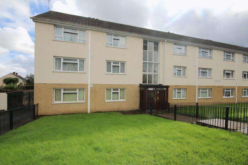 2 Bedrooms Apartment Flat for sale in Aberdaron Road, Rumney