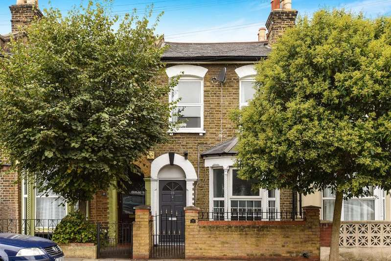 3 Bedrooms Terraced House for sale in Hollydale Road London SE15
