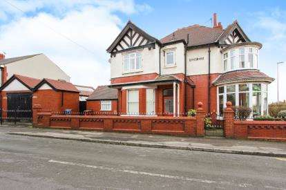 3 Bedrooms Semi Detached House for sale in Highbury Avenue, Blackpool, Lancashire, England, FY3