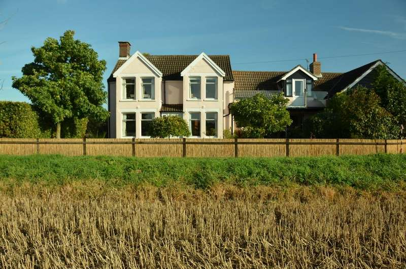 4 Bedrooms Detached House for sale in Stubb Road, Hickling