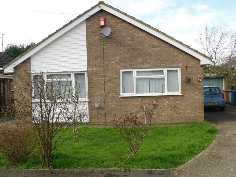 3 Bedrooms Bungalow for sale in Grounds Way, Coates, PE7