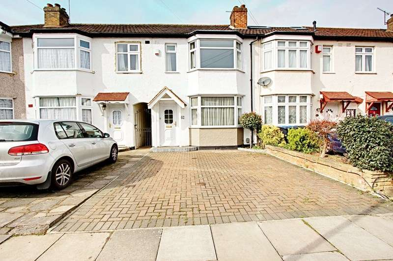 2 Bedrooms Property for sale in Connaught Avenue, Enfield