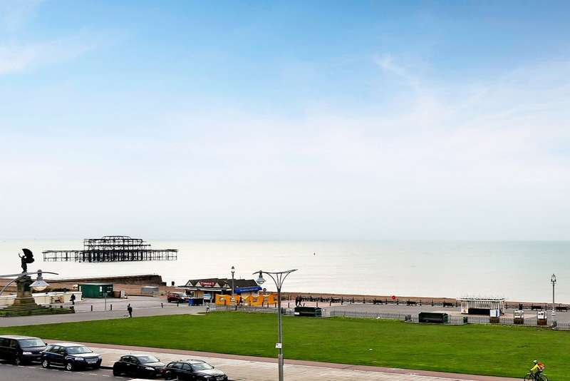 3 Bedrooms Flat for sale in Brunswick Terrace, Hove