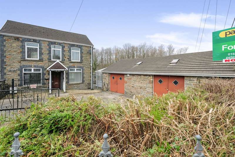 3 Bedrooms Detached House for sale in Merthyr Road, Pontwalby, Neath