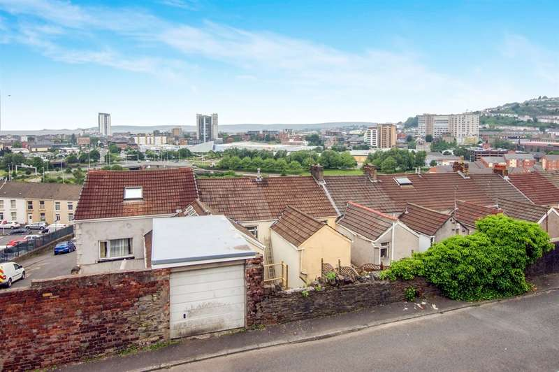 4 Bedrooms Terraced House for sale in Windmill Terrace, St. Thomas, Swansea