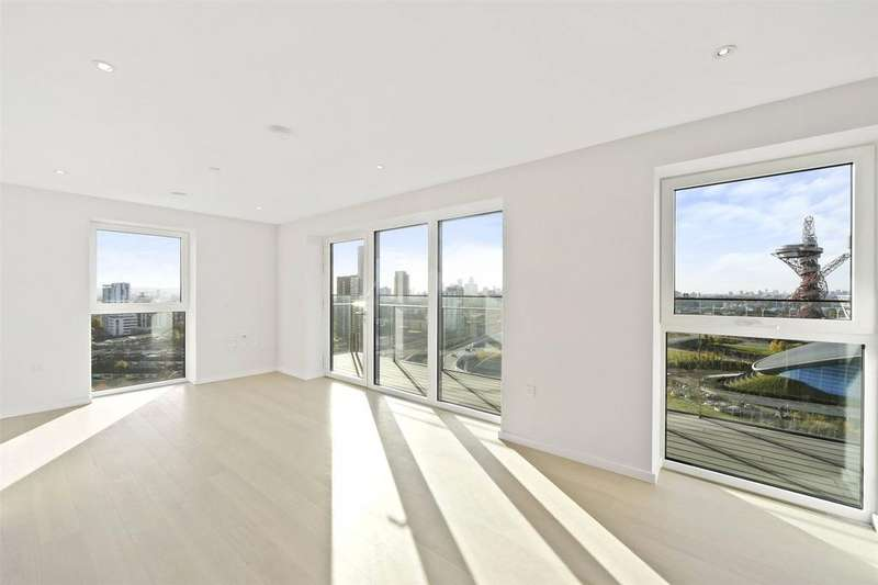 2 Bedrooms Flat for sale in Glasshouse Gardens, Stratford, London, E20