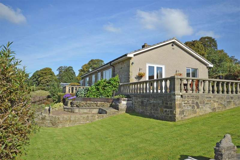 3 Bedrooms Detached Bungalow for sale in West View, Carleton Road, Skipton,BD23 2BE