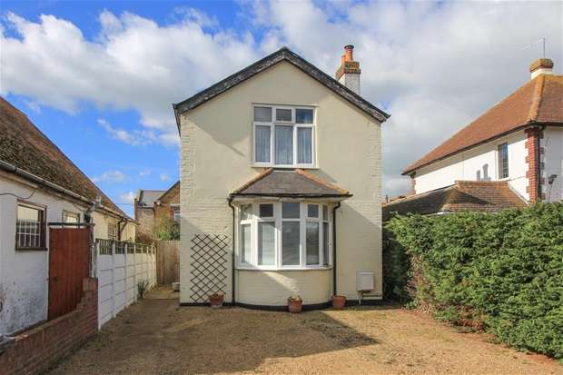 3 Bedrooms Detached House for sale in Manor Road, Tankerton, Whitstable