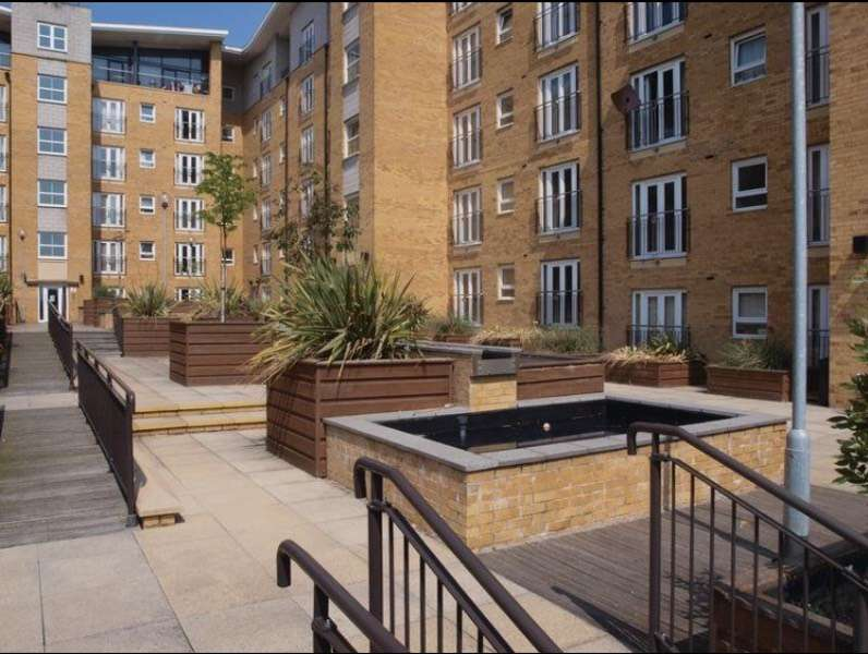 2 Bedrooms Apartment Flat for sale in Middlewood Street, Salford, Greater Manchester, M5