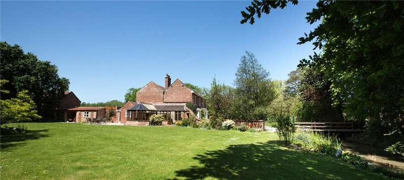 4 Bedrooms Unique Property for sale in Yarmouth Road, Stalham Green, Norwich, Norfolk, NR12