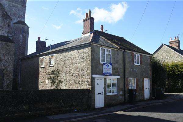 2 Bedrooms Semi Detached House for sale in Salisbury Street, Shaftesbury