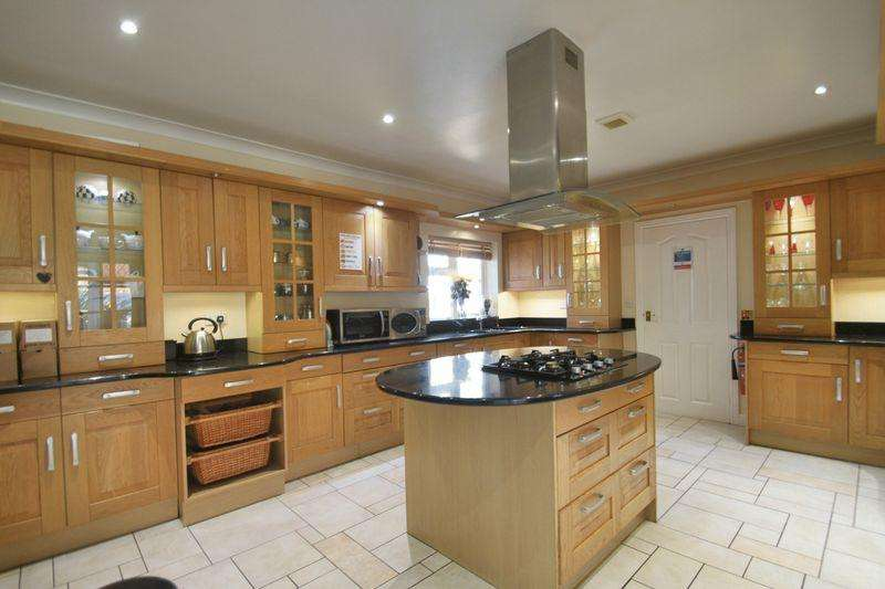 7 Bedrooms Detached House for sale in Belmont Road, Bangor