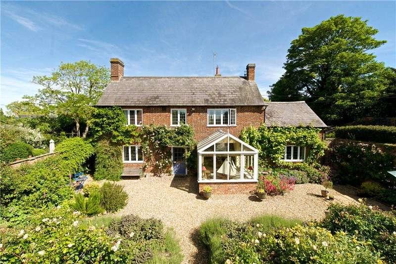 5 Bedrooms Detached House for sale in Little Tingewick, Buckingham, Buckinghamshire