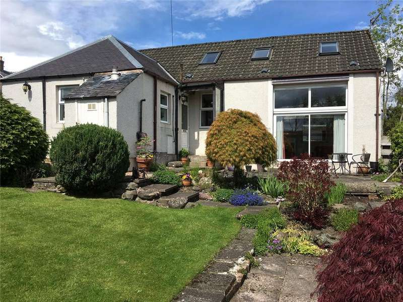 4 Bedrooms Detached Bungalow for sale in Cross Cottage, 17 Cross Street, Scone, Perth, PH2