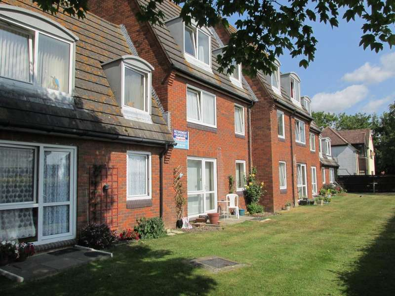 1 Bedroom Flat for sale in Homecroft House, Sylvan Way, Bognor Regis, West Sussex, PO21 2NG