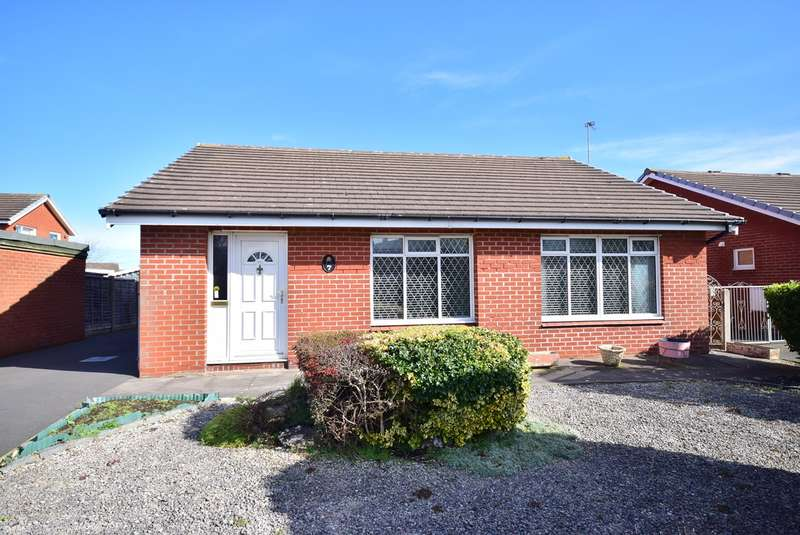 3 Bedrooms Detached Bungalow for sale in Monarch Crescent, Lytham St Annes, FY8