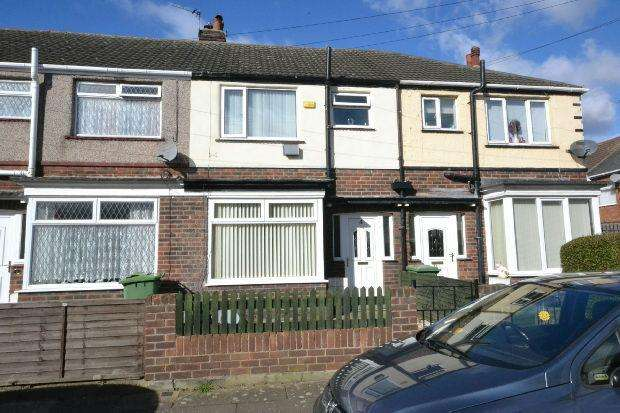 3 Bedrooms Terraced House for sale in Lombard Street, GRIMSBY