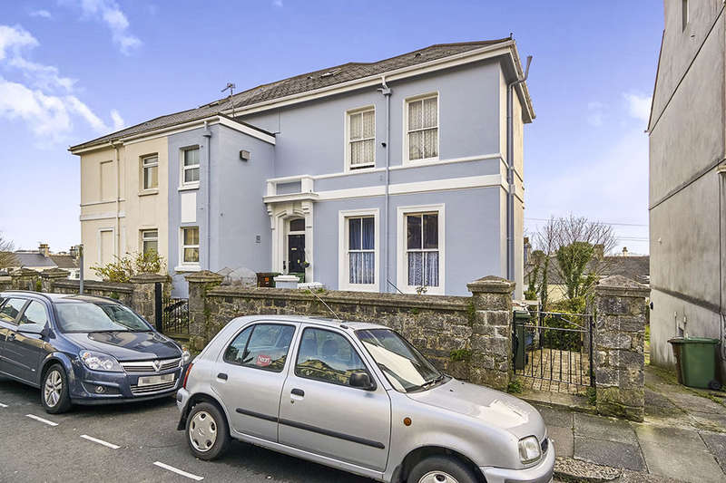 2 Bedrooms Flat for sale in Lockyer Road, Mannamead, Plymouth, PL3