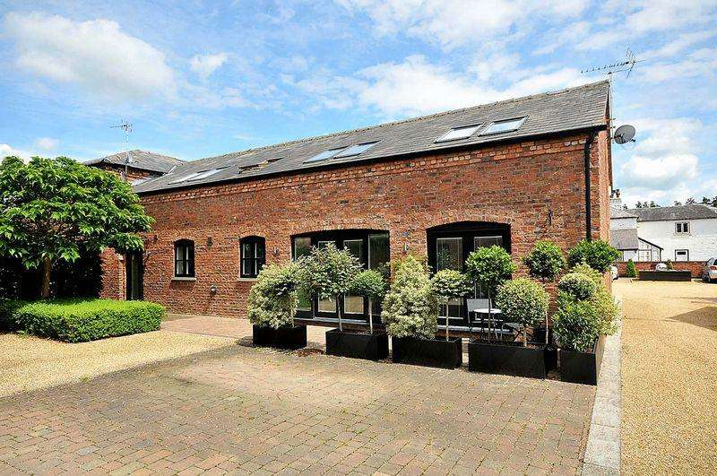 3 Bedrooms Barn Conversion Character Property for sale in Knutsford Road, Cranage