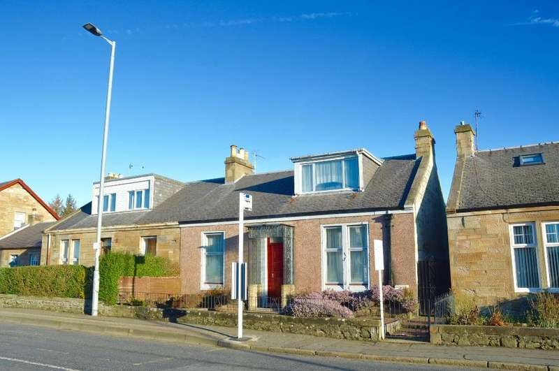 3 Bedrooms Bungalow for sale in Castlehill Road, Ayr, Ayrshire, KA7 2JB