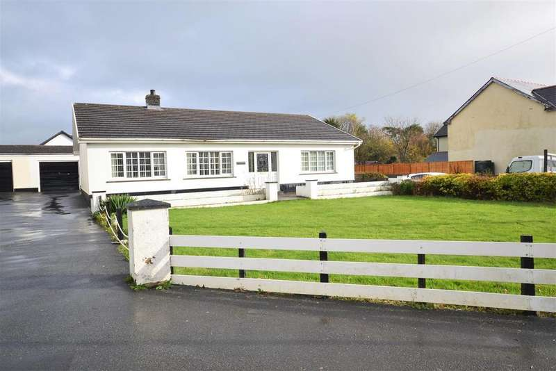 3 Bedrooms Detached Bungalow for sale in Clynderwen