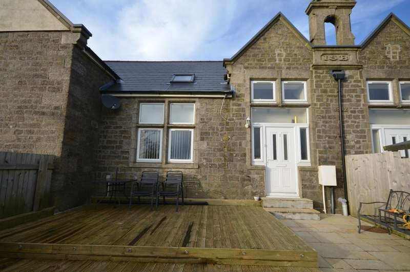 2 Bedrooms Barn Conversion Character Property for sale in The Old SchoolHouse, Carnkie