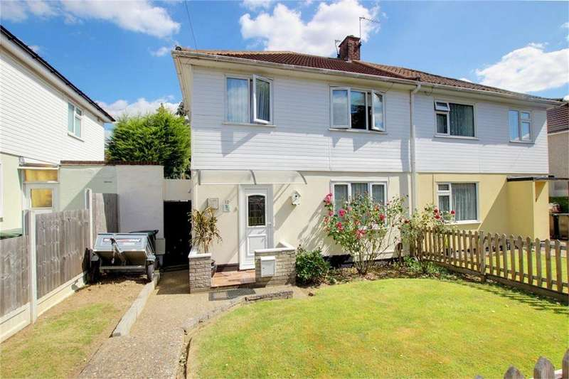 3 Bedrooms Semi Detached House for sale in Colebrook Gardens, Loughton, Essex
