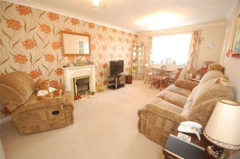 1 Bedroom Flat for sale in Woodlands Court, Walderslade Road, Walderslade, Kent