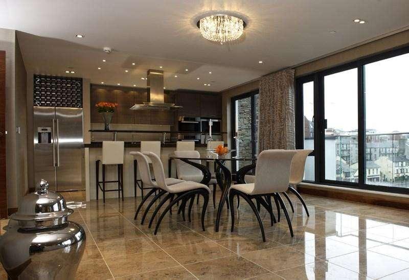 2 Bedrooms Apartment Flat for sale in 38 Quay West, Bridge Road, Douglas, IM1 5AG