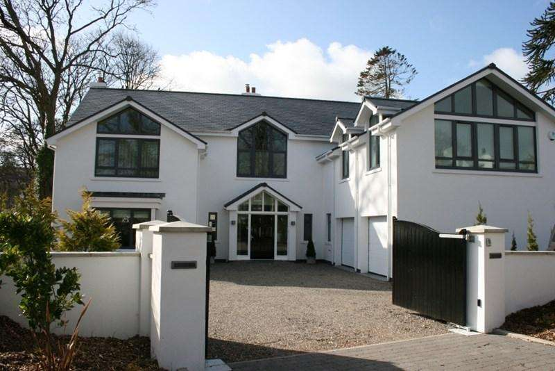 5 Bedrooms Detached House for sale in Audley House, Main Road, Union Mills, IM4 4AG
