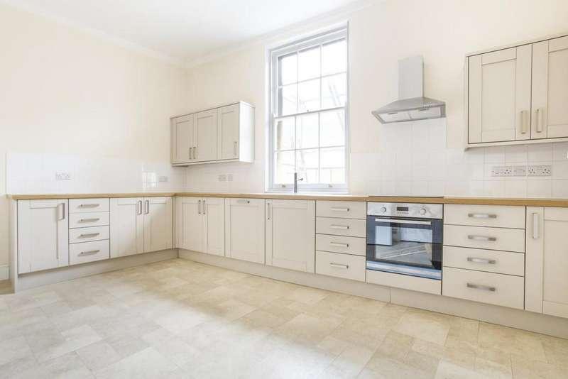 4 Bedrooms Flat for rent in Broad Street, Bristol, BS1