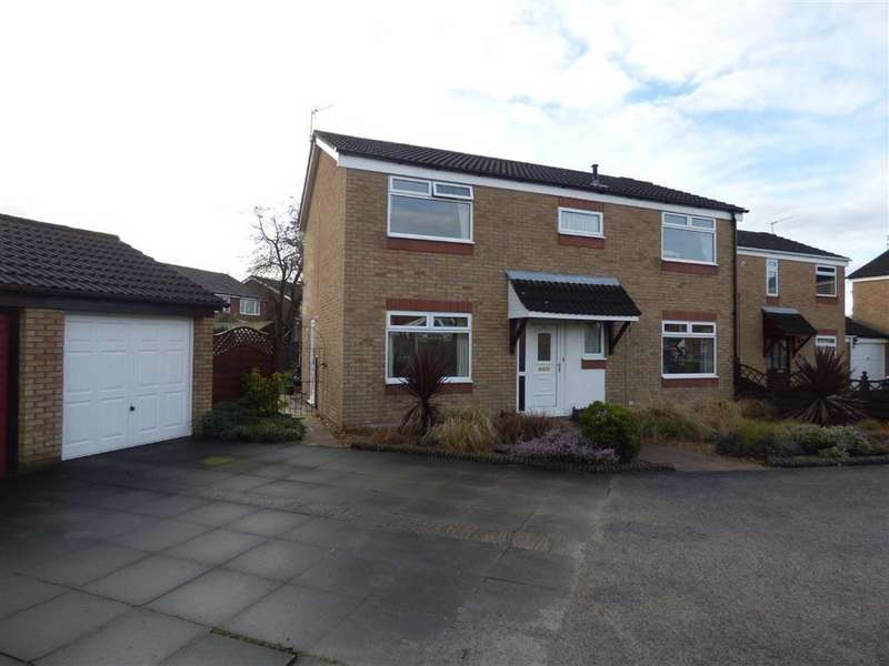 4 Bedrooms Detached House for sale in Watersedge Close, Cheadle Hulme, Cheshire