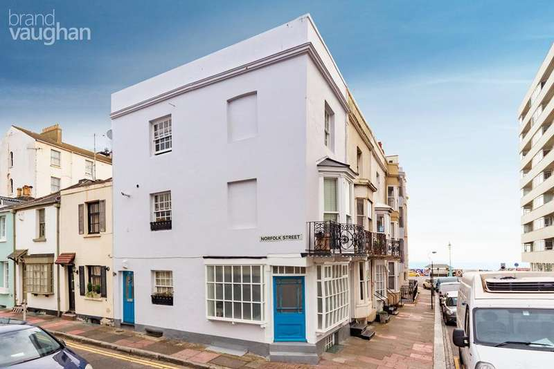 3 Bedrooms End Of Terrace House for sale in Western Street, Brighton, BN1