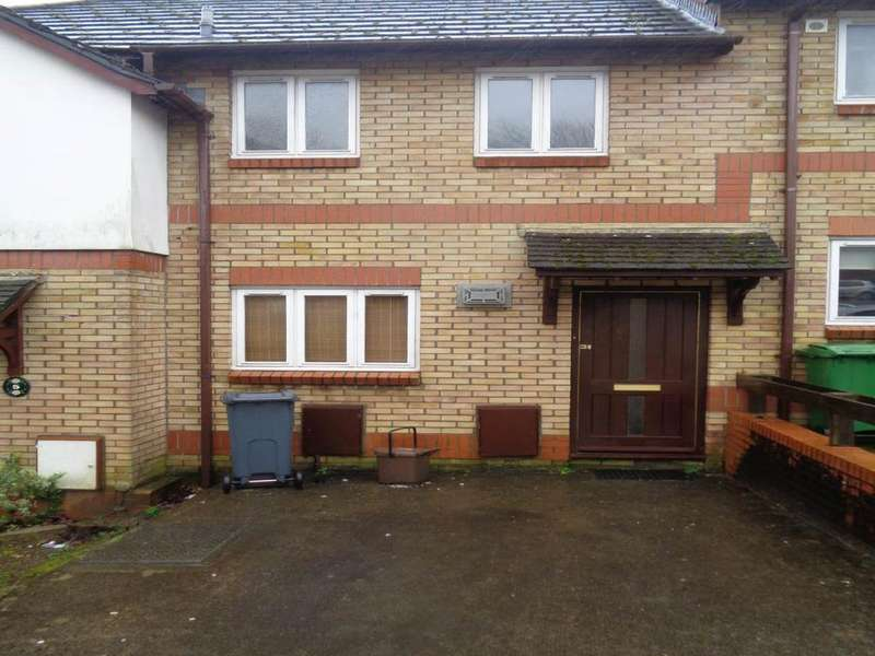 2 Bedrooms House for rent in Clos Y Carlwm, Thornhill, Cardiff