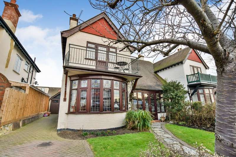 3 Bedrooms Semi Detached House for sale in Chalkwell, Leigh On Sea, Essex