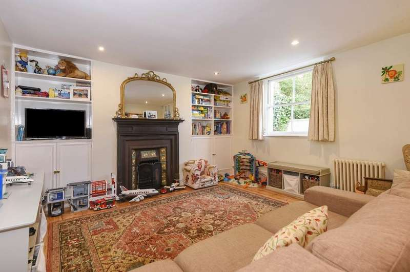 4 Bedrooms End Of Terrace House for sale in Greenwich South Street West Greenwich SE10