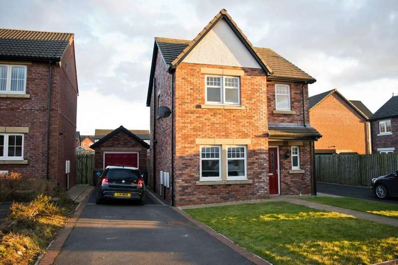 3 Bedrooms Detached House for sale in Leander Close, Whitehaven, Cumbria