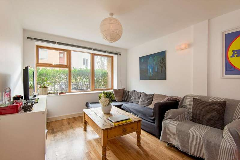 3 Bedrooms Apartment Flat for sale in Ramsgate Street, Hackney, London E8