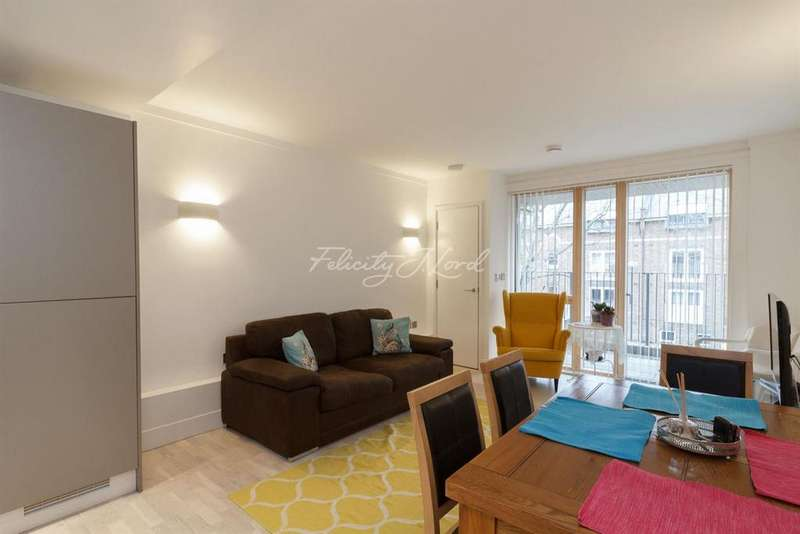 1 Bedroom Flat for sale in Triangle Apartments, Canary Wharf, E14