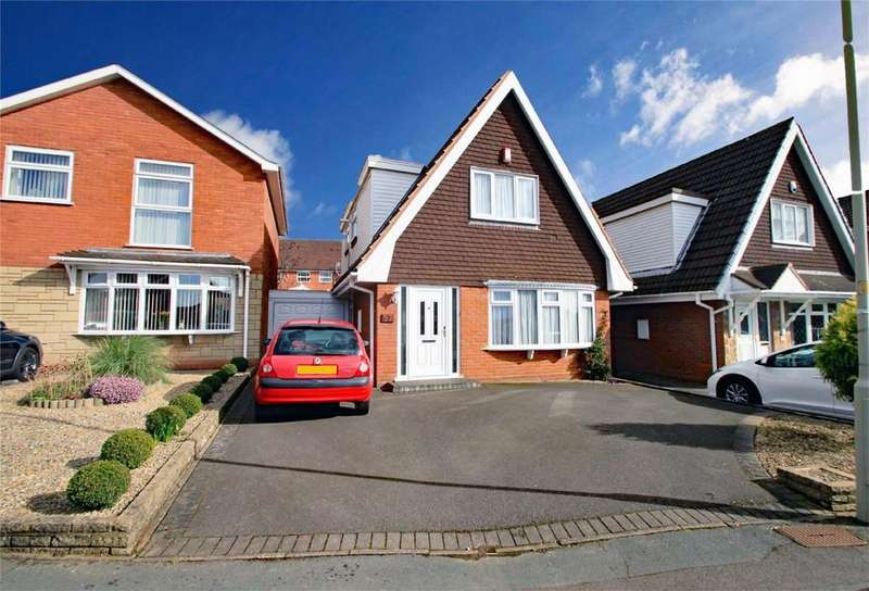 3 Bedrooms Detached House for sale in Charterfield Drive, KINGSWINFORD, West Midlands
