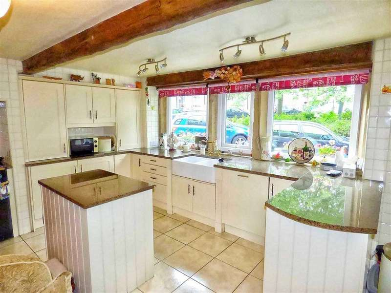 5 Bedrooms Cottage House for sale in Westgate, Honley, HOLMFIRTH, West Yorkshire, HD9