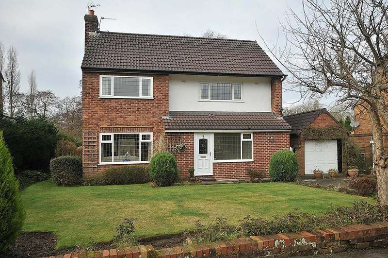 3 Bedrooms Detached House for sale in Hillfoot Crescent, Stockton Heath