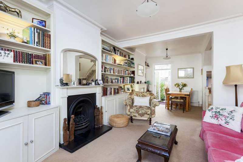 3 Bedrooms Terraced House for sale in Cobbold Road, Shepherd's Bush, London, W12