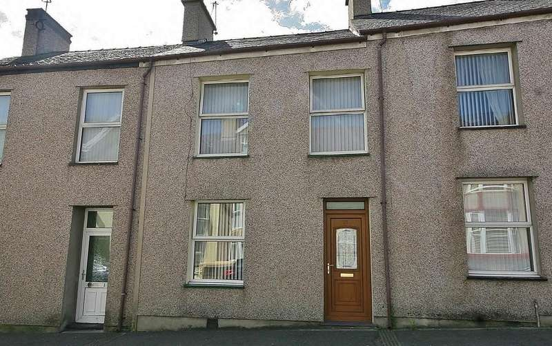 4 Bedrooms Terraced House for sale in Holborn Road, Holyhead, North Wales